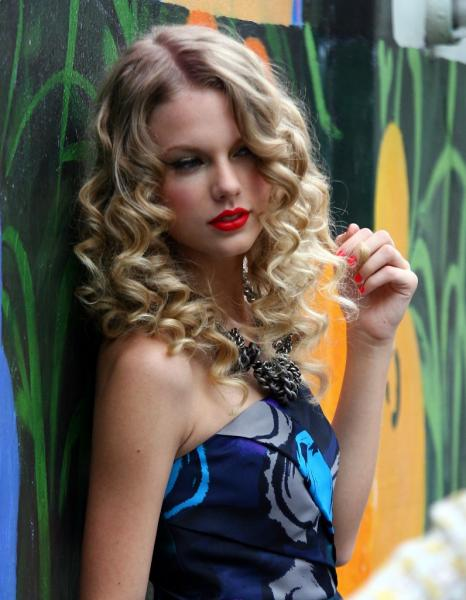 Top Shag Haircuts And Styles Short Medium Curly Hairstyles For Prom