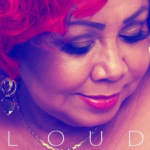 eoo50ylu: Rihanna Loud Cd Case
