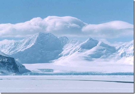 Antarctica_sea_ice_Coronation_island2
