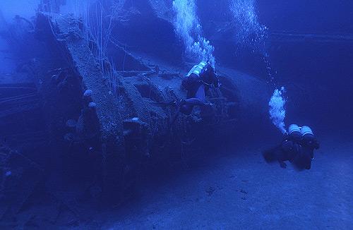 https://lh6.ggpht.com/_iRCt-m6tg6Y/SeIT1e9u8RI/AAAAAAAAGk8/07IAtIqzkwc/best-diving-place-21.jpg