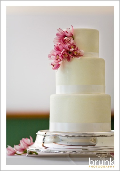 cakeofweek22 bv weddings.com blog