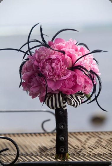 peony-bouquet-black-buttons designs by hemingway