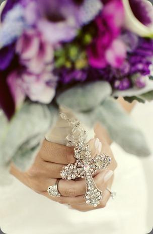 bridal bouq close bella flora