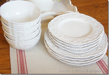 Fresh Creative Home Expressions: White Dishes FD42