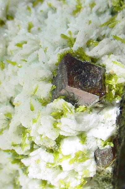 Granate-Garnet
