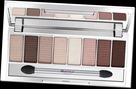 BeYu-holiday-2010-Heartbreakers-eyeshadow-palette-brown