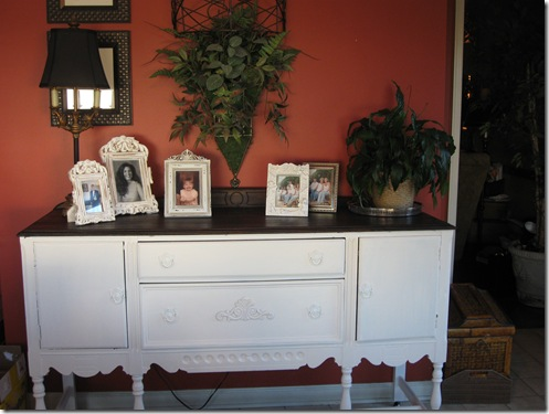 white sideboard 058