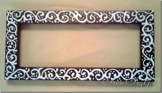 Frou FruGal: Embossing Technique - Piping Style - Embossed Frame