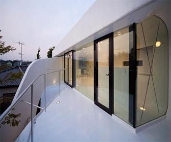 diseño-de-casa-futurista-con-celuloide
