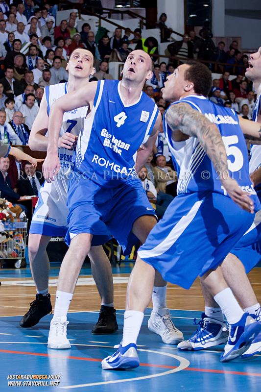 FF_BCM_GAZ_20110407_RaduRosca_200.jpg