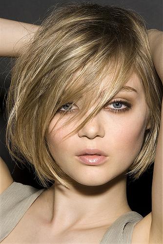 Medium length u shaped haircut
