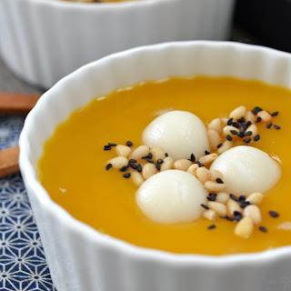 Korean Pumpkin Porridge with Rice Dumplings (Hobakjuk).