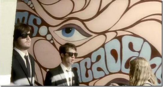 """O Significado Ocultista do """"Olho que Tudo Vê"""" na Indústria do Entretenimento"""