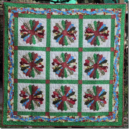 Christmas Dresdan Plates Quilt (Large)