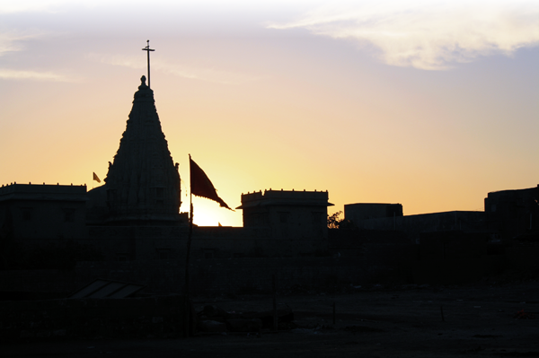 Silhouette of the Swaminarayan Temple of Dwarka