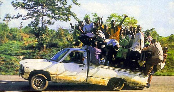 Weekend Fun - Funny things of Africa - Heavily overloaded truck - Bent truck frame