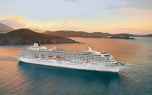 Crystal_Symphony_Caribbean - Visit exotic beaches with turquoise waters when the Crystal Symphony sails to the Caribbean.