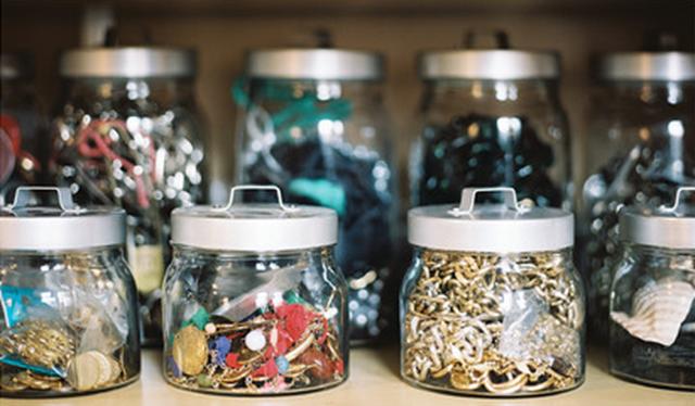 organizing art supplies in jars ideas