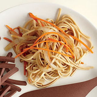 Noodles with Carrot and Onion