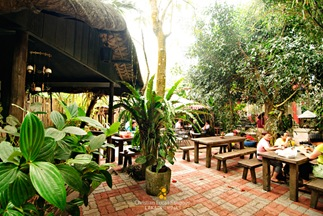Al Fresco Area at Bag of Beans Tagaytay