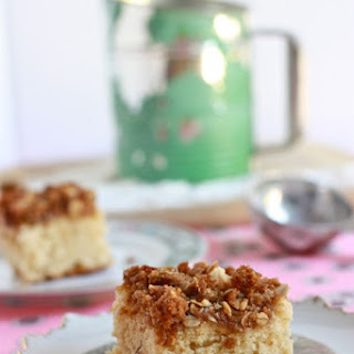 Sour Cream Coffee Cake with Cinnamon Oat Streusel