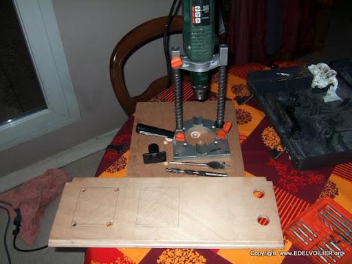 edelvoilier voiliers passion tableau lectrique 12 220v. Black Bedroom Furniture Sets. Home Design Ideas