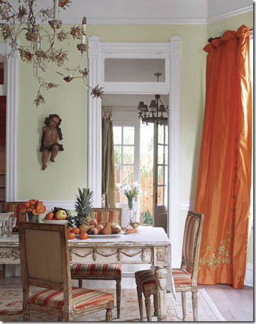 This New Orleans Dining Room Used Taffeta Panels In A Beautiful Apricot Shade Reminding Me Of Gerrie Bremermanns With The Same Colored Curtains