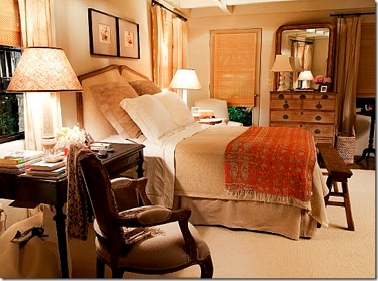 It's Complicated movie Meryl Streep in farmhouse cottage bedroom