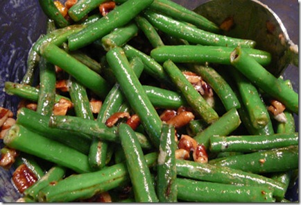Green Beans with Pecans and Blue Cheese