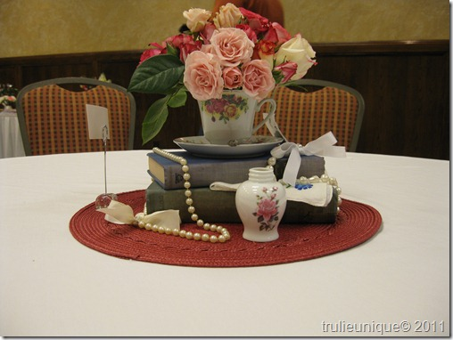 centerpieces, flower arrangements, shabby chic centerpieces