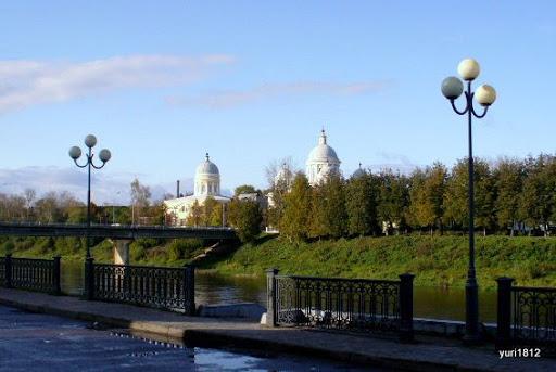 Торжок. Вид с Тверецкой набережной Torzhok. View from the embankment Tveretskaya photo yuri1812