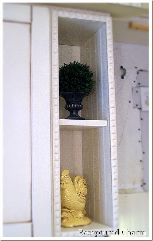 Decorative Kitchen Rack With Hooks Vegetable Design