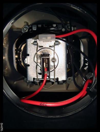 ampoule phare clio 2 ampoule h7 clio 2 clairage de la cuisine changer ampoule clio 2 mouvement. Black Bedroom Furniture Sets. Home Design Ideas