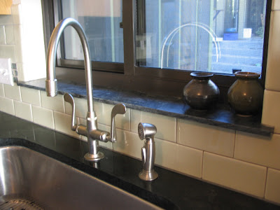 kitchen sinks with backsplash kitchen ideassinkstapsfaucets kitchen faucets 20032