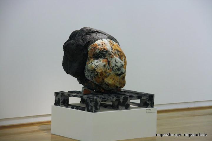 http://lh6.ggpht.com/_uzLsIJX7LLU/TPpyLV0KRaI/AAAAAAAACDE/1xvqW1v3gV8/s720/luepertz-kunstforum-18112010-IMG_1312_ji.jpg