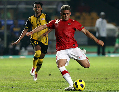 Cristian Gonzalez berhasil mencetak gol pertamanya di laga perdana bersama timnas Indonesia (foto: affsuzukicup.com)