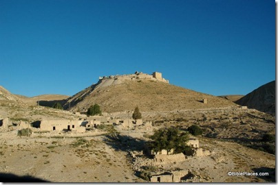 Shobak Crusader castle from east, tb061504226