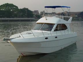 bateau a moteur 15m