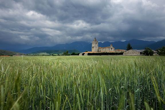 Santa Maria de Talló, església romànica documentada el s. X, el campanar és de finals del s. XVII, Bellver de Cerdanya, la Cerdanya, Lleida