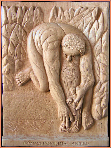 El gigante Anteo del Infierno de Dante. Talla en madera