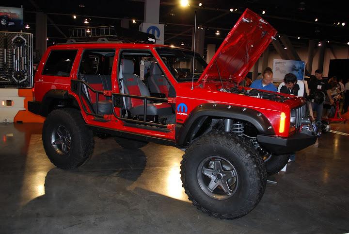 XJ chopped + Doorless + 1/2 bushwacker - JeepForum.com
