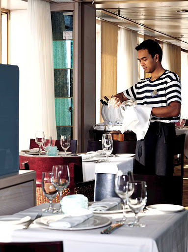 Holland-America-Canaletto-2 - Sit down to dinner with linen tablecloths, crystal, china and attentive table service at Canaletto, a table-service dinner option without an extra surcharge aboard Nieuw Amsterdam.