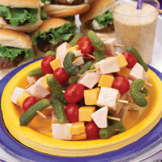 Turkey-Cheddar Kabobs With Honey Mustard Dipping Sauce.