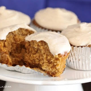 Gingersnap Cupcakes with Vanilla Bean Cinnamon Buttercream.