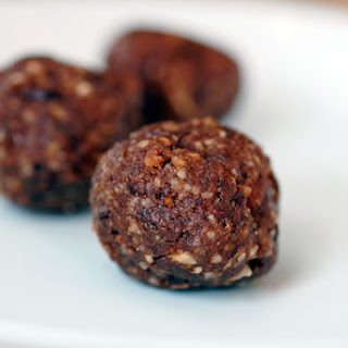 Chocolate Power Bar Balls Recipe
