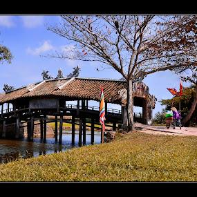 Thanh Toan tile bridge in Hue City, Viet Nam by Dungrau FôTô - Buildings & Architecture Bridges & Suspended Structures