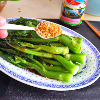 Chinese Broccoli With Oyster Sauce and Fried Garlic