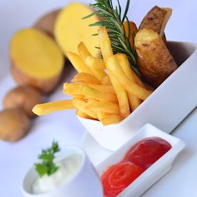 by Aditya Maulana - Food & Drink Plated Food