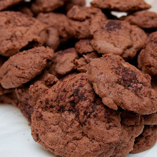 Chocolate Eggnog Cookies