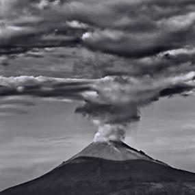 Popocatepetl smoking by Cristobal Garciaferro Rubio - Black & White Landscapes
